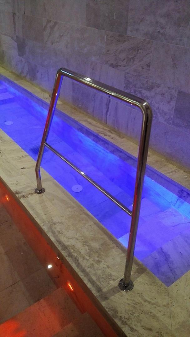 maniglioni-per-piscine-5