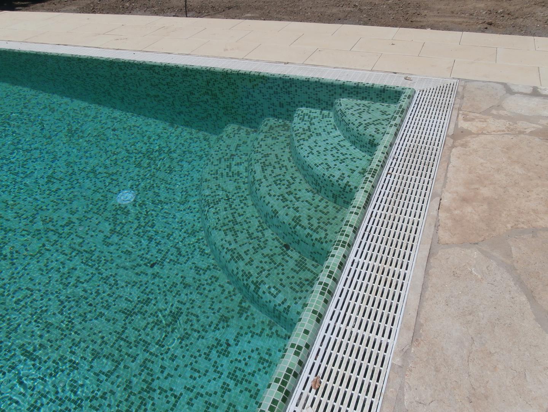 scale-per-piscine-17