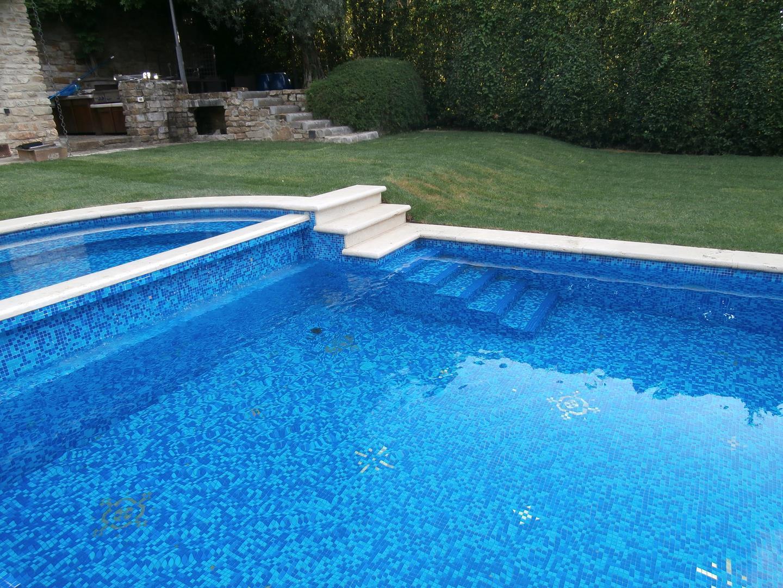 scale-per-piscine-18