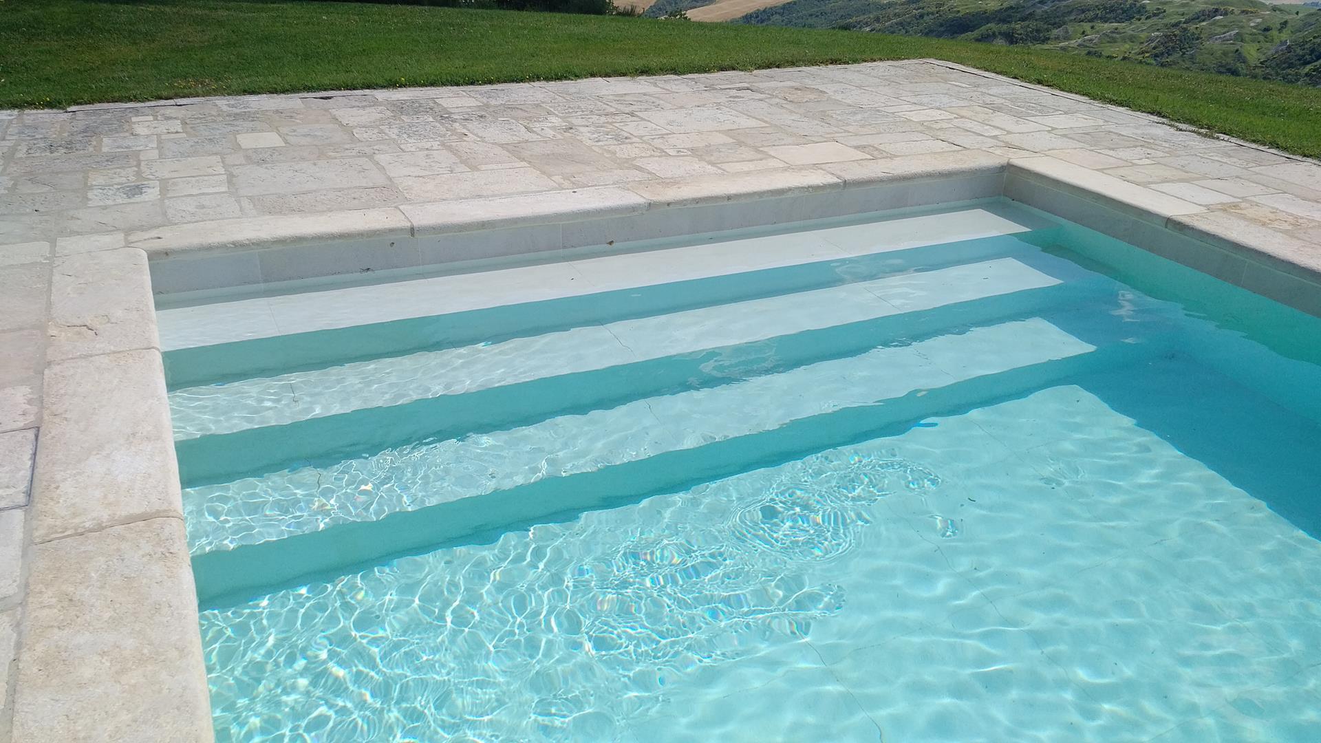 scale-per-piscine-9