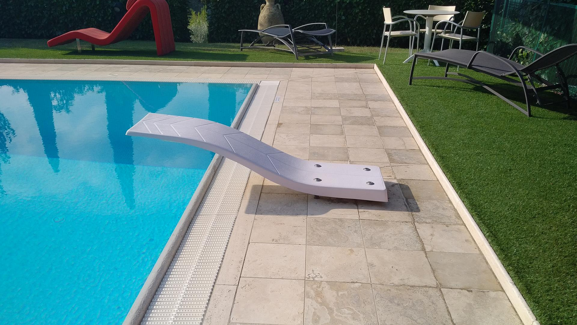 trampolini-per-piscine-1